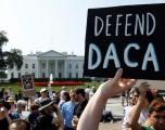Casa Blanca dice oponerse a solución de corto plazo al DACA