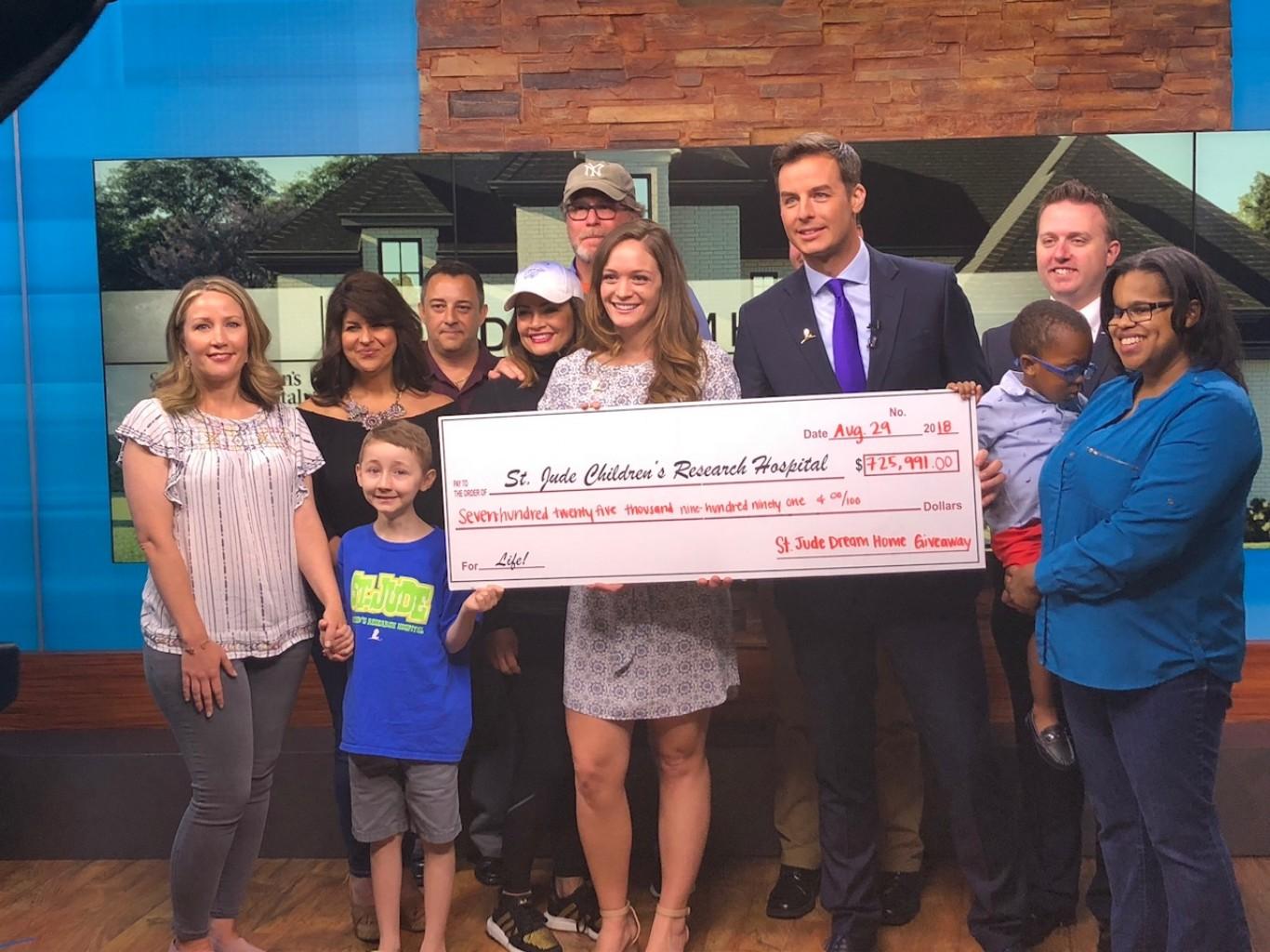 St Jude Children's Research Hospital celebra el ganador de Sorteo St. Jude Dream Home