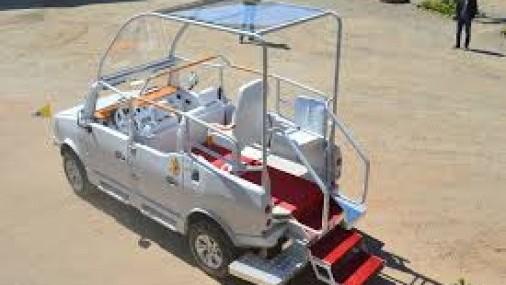 Conozca el Mazana II, el Papamóvil que el Papa Francisco usará en Madagascar