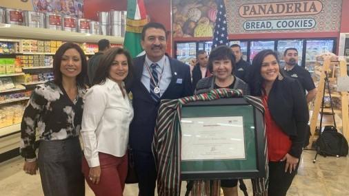 Gobierno de México otorgó Premio Ohtli al Sr. Francisco Ibarra