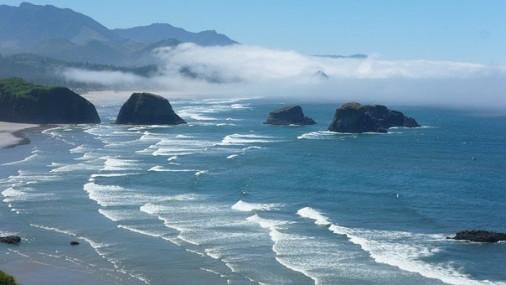 Testigo habla del pánico después de que niños fueran arrastrados al mar en Oregon