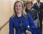 Educadores respaldan Kendra Horn para el Congreso