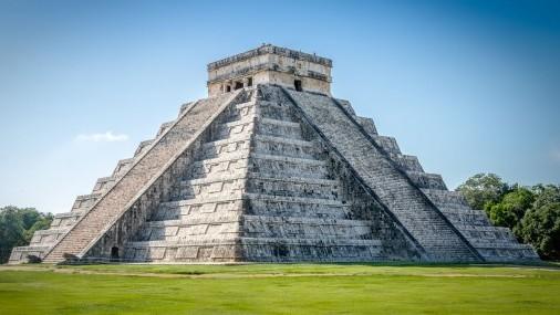 """La Corte Suprema ordena que se restablezca la política de """"Permanecer en México"""